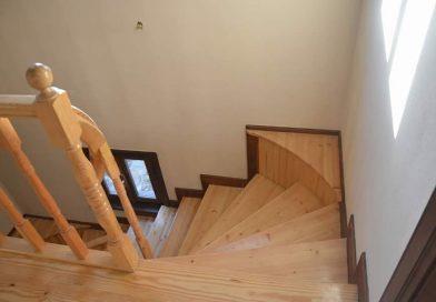 Ahşap Merdiven ve Küpeşte imalatı Çalışmaları